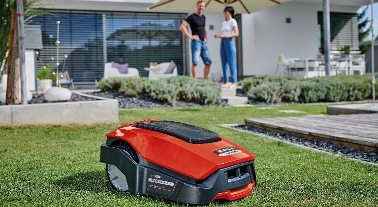 Robot lawn mower from Einhell
